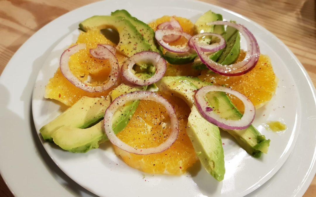 Salade d'hiver avocat – orange